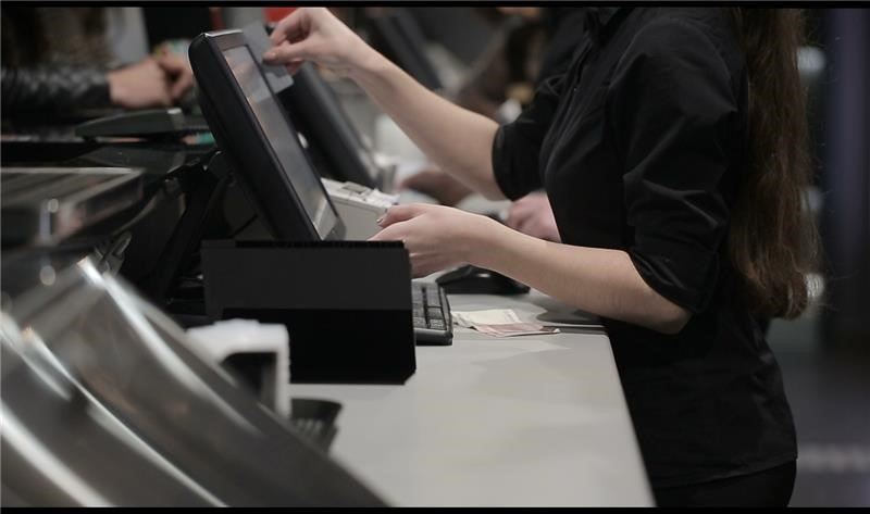 Retail Industry Cashier